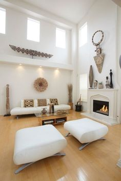 8 Vigorous ideas: Extreme Minimalist Home Ideas minimalist bedroom small sliding doors.Minimalist Decor Inspiration Beds minimalist home exterior life.Minimalist Home Diy Kitchens. Retro Home Decor, Modern Decor, Aztec Home Decor, Ethnic Home Decor, African Living Rooms, Ethnic Living Room, African Themed Living Room, African Interior Design, African Design