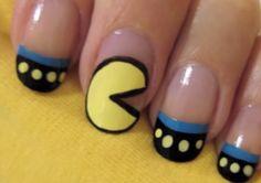 Este Pac Man(icure) | 25 tutoriales de arte en uñas gloriosamente geeks