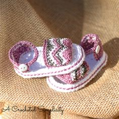 Chasing_chevrons_baby_sandals_3wm_small2