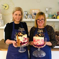 Christmas Classes // Ruby and Helen with their finished watercolour buttercream cakes. Button Cake, Cake Decorating Classes, Buttercream Cake, Watercolour, Christmas Sweaters, Sugar, Cakes, Buttons, Twitter