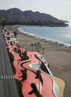 Benidorm Seafront / OAB (Office of Architecture in Barcelona). It urban landscape snakes along the Benidorm seascape in Spain. The region is a popular attraction outfitted with high rise buildings, promenades, the bars, and the water. Landscape And Urbanism, Landscape Architecture Design, Urban Architecture, Urban Landscape, Landscape Structure, Amazing Architecture, Public Space Design, Public Spaces, Urban Park
