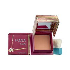 Shop Benefit Cosmetics' Hoola Matte Bronzer at Sephora. An award-winning Hoola Matte Bronzing powder—now available in four shades for a sunkissed glow. Benefit Cosmetics, Benefit Makeup, Travel Size Toiletries, Talc, Matcha Green Tea, Travel Size Products, Minis, Foundation, Contouring Makeup