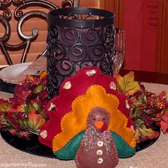 @{enjoy the view} shows you an Easy-to-Make Turkey Tablescape #turkeytablescapes