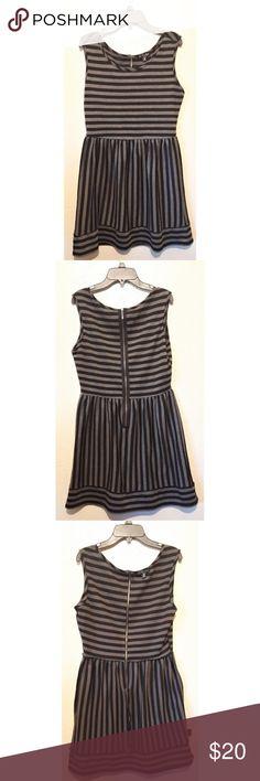 buy popular 90ac3 a56ca BeBop Striped Dress sz M Black and gray striped Sleeveless Belt loopsno  belt Back zipper Sz m BeBop Dresses