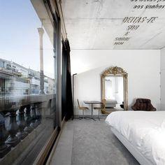 Casa do Conto- Arts & Residence in Oporto, Portugal by Pedra Liquida architecture and engineering. Modern Interior Design, Interior Design Inspiration, Interior Ideas, Interior Exterior, Interior Architecture, Beautiful Architecture, Paris Apartments, Home Bedroom, Bedrooms