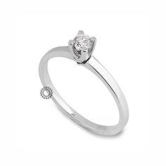 Μονόπετρο δαχτυλίδι με διαμάντι σε κοπή μπριγιάν από Κ18 λευκόχρυσο | Οικονομικά μονόπετρα δαχτυλίδια online ή στο κοσμηματοπωλείο μας στο Χαλάνδρι. #μονοπετρα #μπριγιαν #δαχτυλίδι #gold