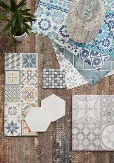 New Kitchen Wall Paper Splashback Moroccan Tiles Ideas Kitchen Colors, Kitchen Decor, Decorating Kitchen, Rustic Kitchen, B&q Kitchens, Moroccan Pattern, Moroccan Tiles, Kitchen Trends, Kitchen Designs