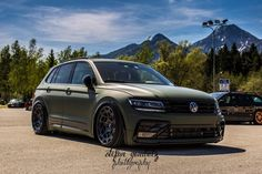Tiguan Vw, Tiguan R Line, Vw Touareg, Car Volkswagen, Digital Camo, Car Colors, Custom Wheels, Car Wrap, Cars And Motorcycles
