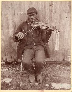 ca. 1898-1905, [gentleman playing violin]