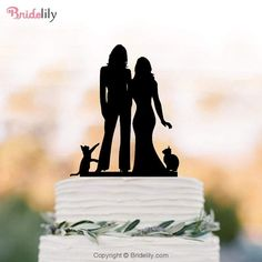 Lesbian wedding cake topper with cat. same sex mrs and mrs cake topper, silhouette cake topper, Rustic wedding cake decoration Silhouette Cake, Couple Silhouette, Funny Wedding Cake Toppers, Personalized Wedding Cake Toppers, Rustic Wedding, Our Wedding, Wedding Engagement, Wedding Ideas, Wedding Menu