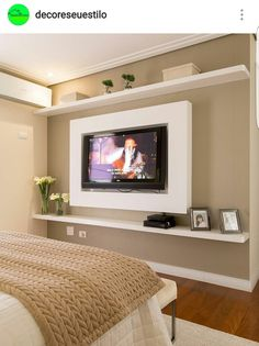 Browse home theater design and living room theater decor inspiration. Discover designs, colors and furniture layouts for your own in-home movie theater. Home Bedroom, Bedroom Decor, Bedroom Ideas, Light Bedroom, Bedroom Layouts, Design Bedroom, Bedroom Wall, Tv Wall Design, Master Room