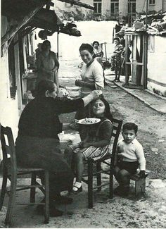 Old Athens. Yiayia always made sure you had enough to eat and that you did eat.even when you already told her a 100 times you weren't hungry … Greece Pictures, Old Pictures, Old Photos, Vintage Photos, Old Greek, Greek Art, Mykonos, Greece History, Still Photography