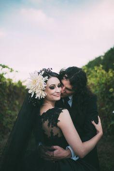 Spectacular Gothic Wedding in New Zealand: Vivien & Nick Wedding Ideas Nz, Creative Wedding Ideas, Wedding Inspiration, Decor Wedding, Garden Wedding, Perfect Wedding, Dream Wedding, Wedding Day, Geek Wedding