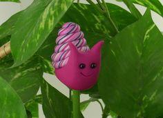 Happy Garden Snail. Wish I had a clay-dedicated pasta machine :)