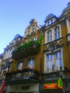 #Gliwice. #Balcony #kamienice #silesia #śląsk Poland, Balcony, Mansions, House Styles, Places, Home Decor, Decoration Home, Manor Houses, Room Decor