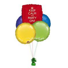 Un ramillete de globos para decorar fiestas o para sorprender, de www.fiestafacil.com / A balloon bunch for original party decorations