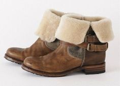 Sherpa lined ankle boots... cozy!