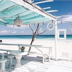 Get to any hotel, hostel, vacation rental or Airbnb in Tulum from Cancun Airport. Book your transportation to Tulum now! Beach Club, Coco Tulum, Tulum Mexico, Mexico Resorts, Beach Bars, Beach Cottages, Beautiful Beaches, Seaside, Destinations
