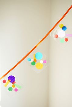 Confetti is shaping up to be one of the hottest upcoming trends for parties (and home interiors! The colourful spots look great on a white palate- giving your party a splash of colour, fun and style. Party Garland, Bunting Garland, Diy Garland, Bunting Flags, Colorful Birthday Party, Birthday Fun, Origami, Diy Party Decorations, Paper Decorations