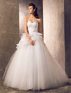 A-line Princess Sweetheart Sweep/Brush Train Tulle Wedding D... – USD $ 127.99