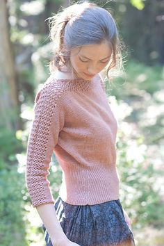 Dolores waist-cinched pullover pattern by Dawn Catanzaro