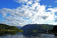 nice Fjord sous le soleil Check more at http://www.discounthotel-worldwide.com/travel/fjord-sous-le-soleil/