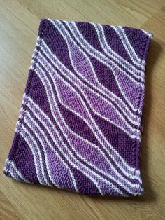 Mixed Wave Cowl - practicing short rows - Knitting and so on