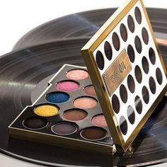 #Sephora 2015 Instagram Fan Pick: UD Gwen Stefani Eyeshadow Palette. A limited-edition eye shadow palette created and developed with Gwen Stefani and loaded with her 15 must-have shades.
