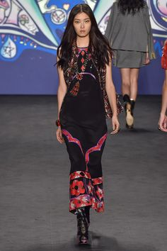 Anna Sui Spring 2015 Ready-to-Wear - Collection - Gallery - Look 34 - Style.com