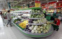 Donare i propri prodotti invenduti per legge. E' l'obiettivo di una proposta di legge contro lo spreco alimentare, presentato da una sessantina di deputati francesi, di varie appartenenze politiche.