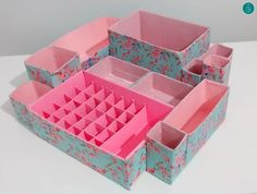 make up organization Diy Storage Boxes, Desk Organization Diy, Craft Room Storage, Diy Arts And Crafts, Craft Stick Crafts, Diy Crafts, Craft Ideas, Cardboard Organizer, Cardboard Crafts