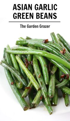 LOVE these Asian Garlic Green Beans!! A simple side dish with an explosion of awesome flavor (vegan, gf)
