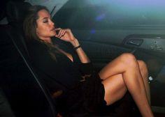 angelina-jolie-candid-legs-in-car.jpg from Angelina Jolie candid legs in car Galery Brad And Angelina, Brad Pitt And Angelina Jolie, Jolie Pitt, Angelina Jolie Diet, Beautiful Celebrities, Beautiful Women, Veronica Lake, Julie, Monica Bellucci