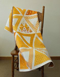 Large-Scale Prints are Stunning in This Quilt - Quilting Digest