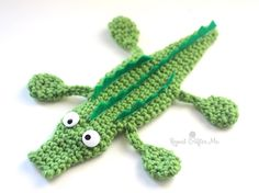 Ideas Crochet Afghan Patterns For Boys Repeat Crafter Me Crochet Baby Bibs, Crochet Gifts, Cute Crochet, Crochet Toys, Crochet Cactus, Repeat Crafter Me, Single Crochet Decrease, Crochet Bookmarks, Afghan Crochet Patterns