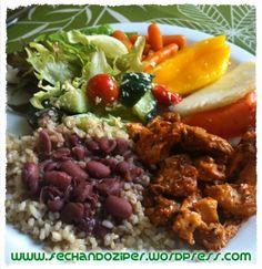 Almoço bom, barato e com muita variedade!