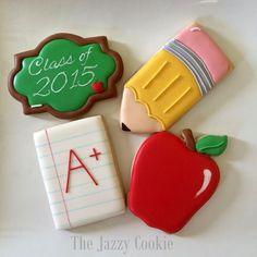 teacher cookies (class of pencil, lined paper, apple) Apple Cookies, Fall Cookies, Iced Cookies, Cute Cookies, Royal Icing Cookies, Cookies Et Biscuits, Cupcake Cookies, Sugar Cookies, Graduation Desserts