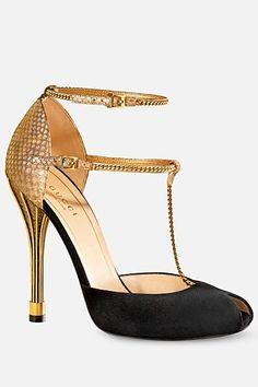 Gucci High Heels .... Black/ Gold