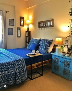 Indian Room Decor, Teen Room Decor, Home Decor Bedroom, Living Room Decor, Indian Bedroom, Bedroom Décor, Bedroom Ideas, India Home Decor, Ethnic Home Decor