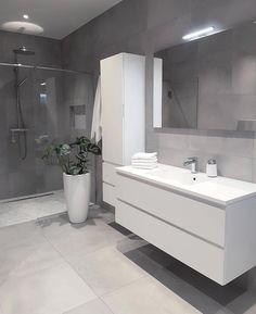 Grey bathrooms designs - 32 best bathroom designs images of beautiful bathroom remodel ideas to try 20 Grey Bathrooms Designs, Bathroom Designs Images, Bathroom Layout, Modern Bathroom Design, Bathroom Interior Design, Bathroom Ideas, Light Grey Bathrooms, Bathroom Gray, Bath Design