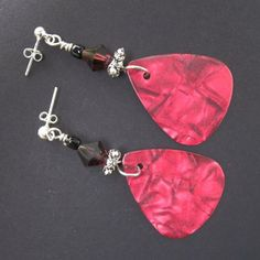 Guitar Pick Earrings   JewelryLessons.com