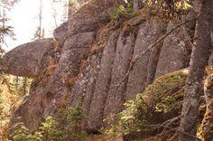 Enorme megálitos são encontrados na Rússia. Seriam eles elos para tecnologia antigravidade?