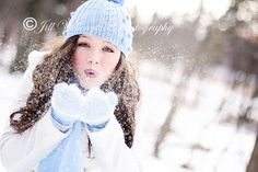 Tips for taking Winter Portraits <3 Would love to take cute pictures of the girls this winter.