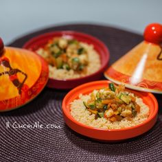 Tajine di gamberi con cous cous Vegetarian Tagine, Asian Recipes, Ethnic Recipes, Italian Cooking, Love Food, Tapas, Spicy, Food Photography, Curry