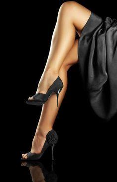 Sexy legs and heels! Stockings Heels, Nylons Heels, Shoes Heels, Sexy Legs And Heels, Sexy High Heels, Nice Heels, Great Legs, Beautiful Legs, Street Chic
