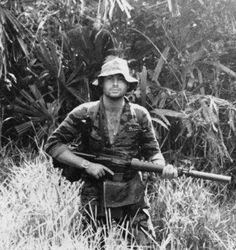 Vietnam: Bob Sampson with Team One-One M/75th Rangers