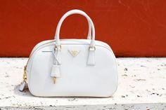 prada bag in white // borsa prada in bianco