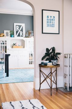 Kelli Ryder and Timothy Lamb   Rue #home #decoration #interior #details #littlethings #sidetable #wallart