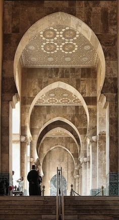 Mosque in Casablanca, Morocco. Would go once a month to Morocco while living in Spain. Only once though to Casablanca. Islamic Architecture, Beautiful Architecture, Beautiful Buildings, Art And Architecture, Morrocan Architecture, Marrakech, Fez Morocco, Beautiful Mosques, Beautiful Places