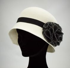 Bianca by MARY TURNER #millinery #hats #HatAcademy